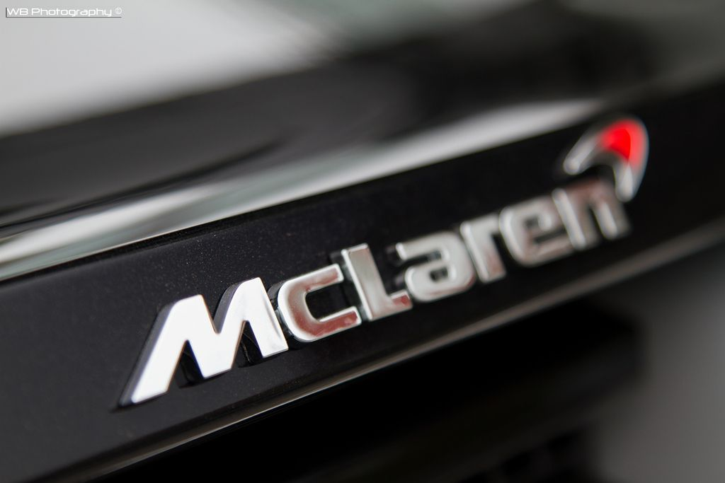 McLaren Logo - McLaren Logo | Follow Me On Facebook McLaren in Knokke-Heist… | Flickr