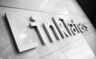 Linklaters Logo - Linklaters raises trainee and NQ salaries for second time this year
