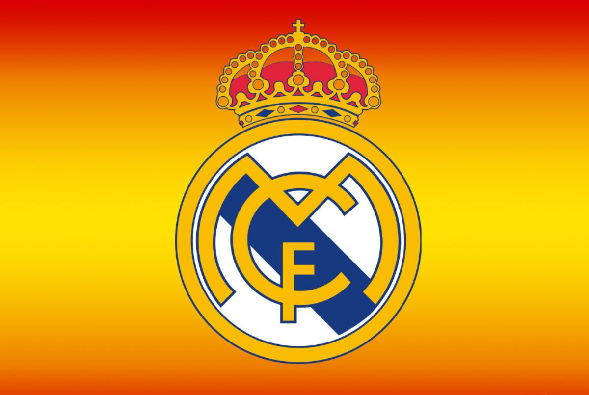 Real Madrid Logo - Football Game: What is the meaning of Real Madrid Logo? The short ...