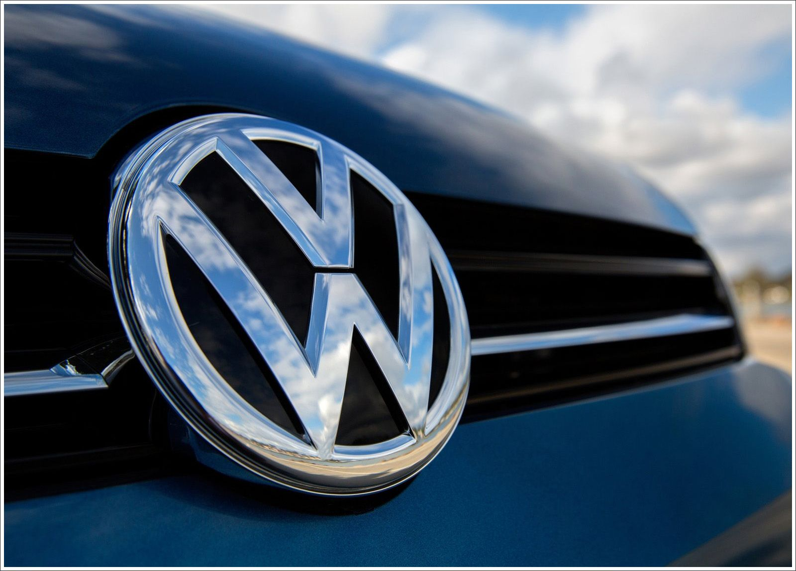 Volkswagen Logo - Volkswagen Logo Meaning and History, latest models | World Cars Brands