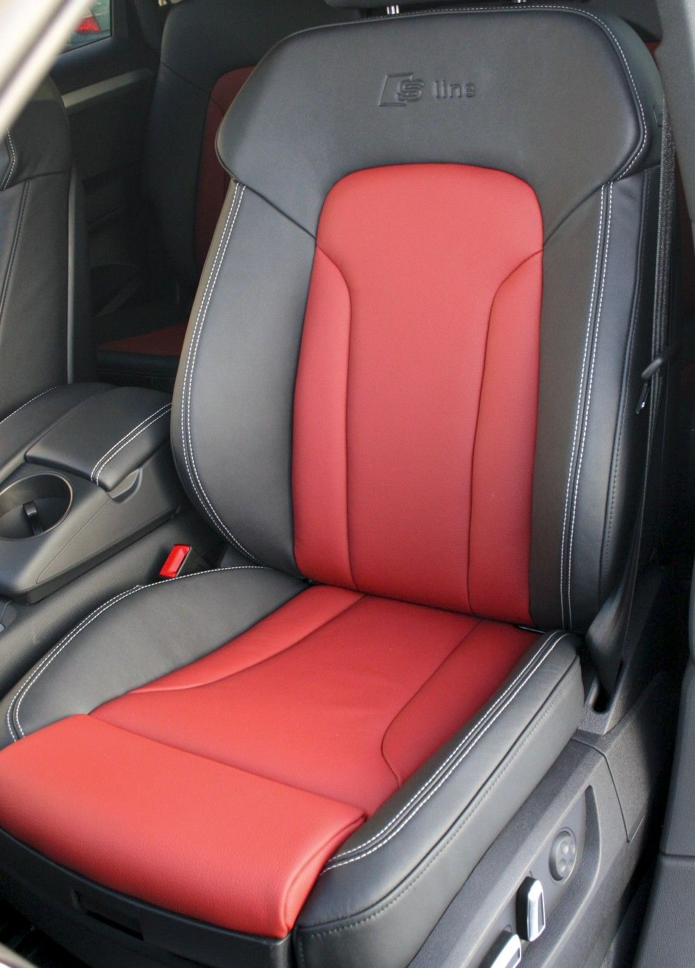 Red and Silver S Car Logo - Audi Q7 S-Line 7 Seat Black Leather with Red Inserts & Silver ...